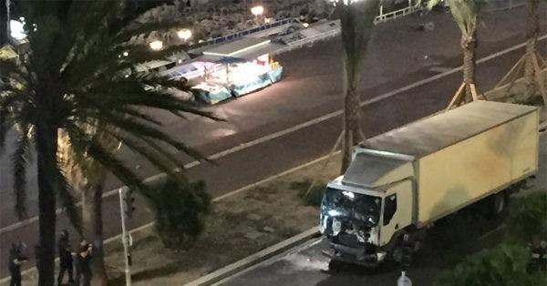 вылазка террористов в Ницце