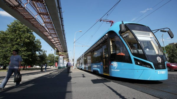 Трамваи на площади Белорусского вокзала