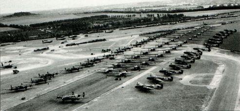 Десантные планеры Airspeed Horsa и General Aircraft Hamilcar