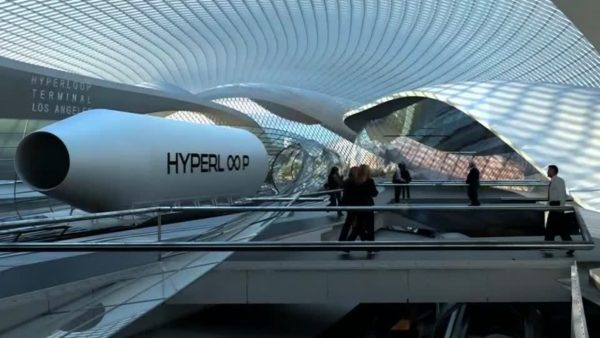 поезд Hyperloop