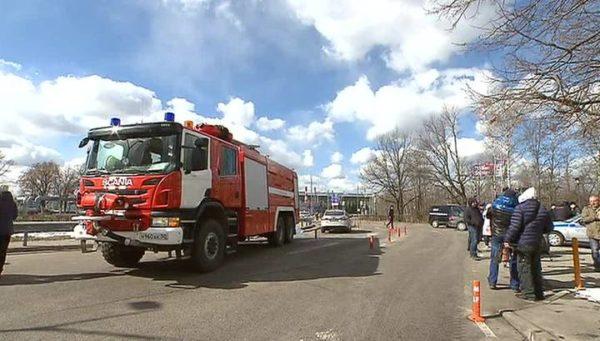 Пожарная машина сбила семь человек на остановке