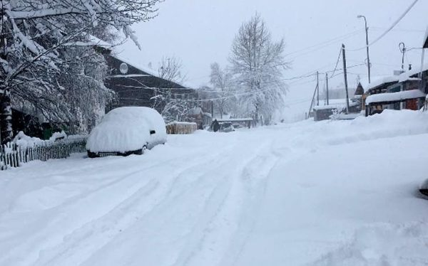 снегопад оставил без света Алдан