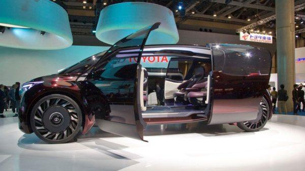 Электрокары Toyota