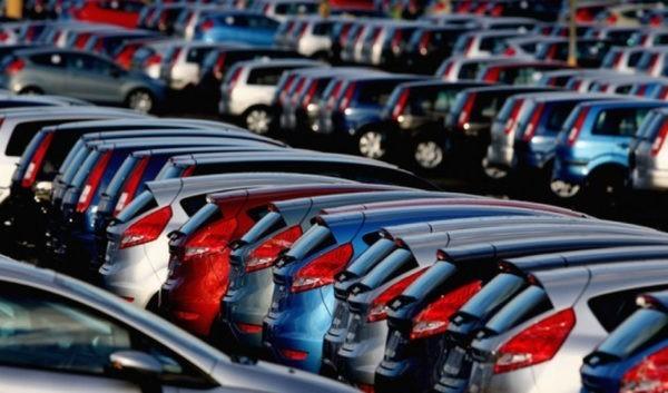Продажи легковых автомобилей в Украине