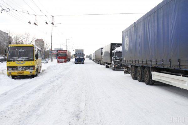 ограничить въезд грузовиков