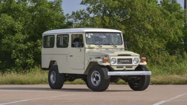 Toyota Land Cruiser автобус
